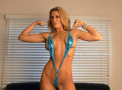 Fitness babe posing and flexing her cute muscles from wonderful katie morgan